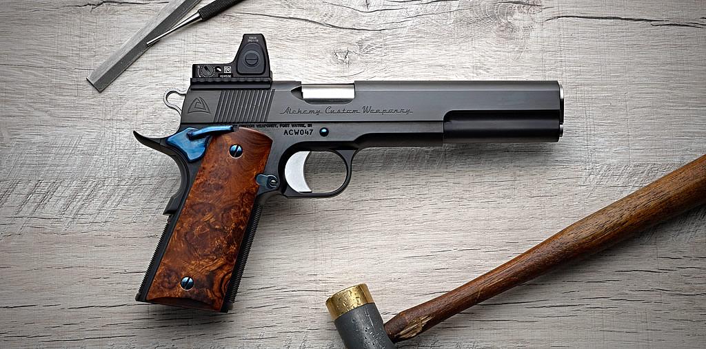 pistolet ACW